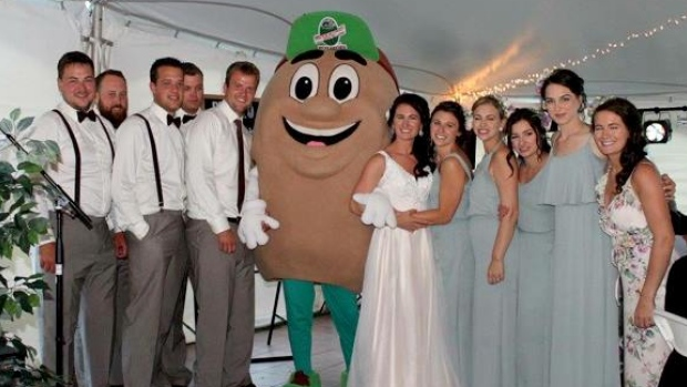 unusual wedding guest